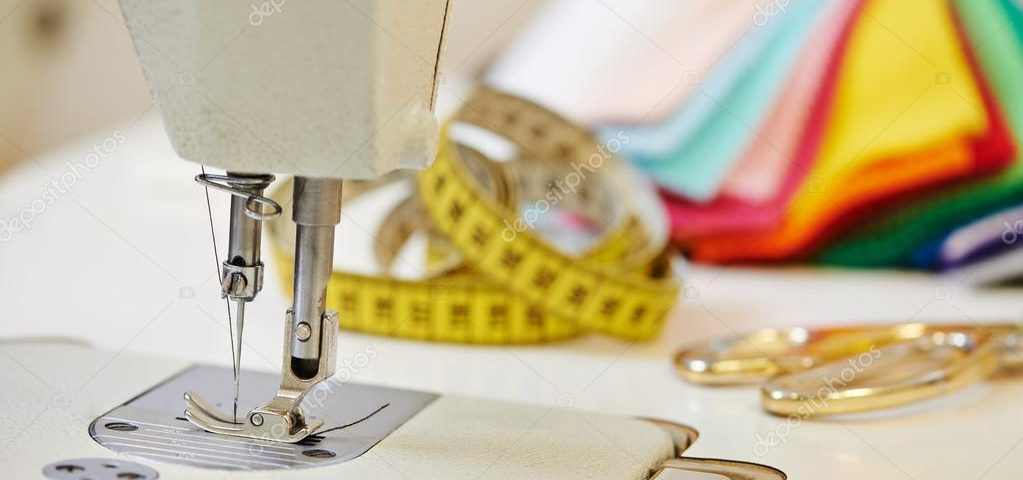 depositphotos_67917439-stock-photo-tailor-or-sewing-equipment