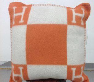 Pillow Hole Repair